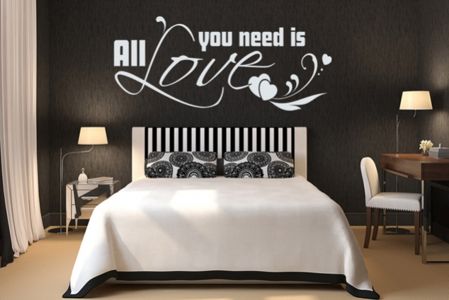 """Wandtattoo """"All you need is Love"""""""