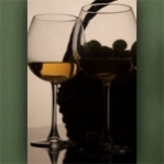 """Wallprint """"Weißwein mit Korb"""""""